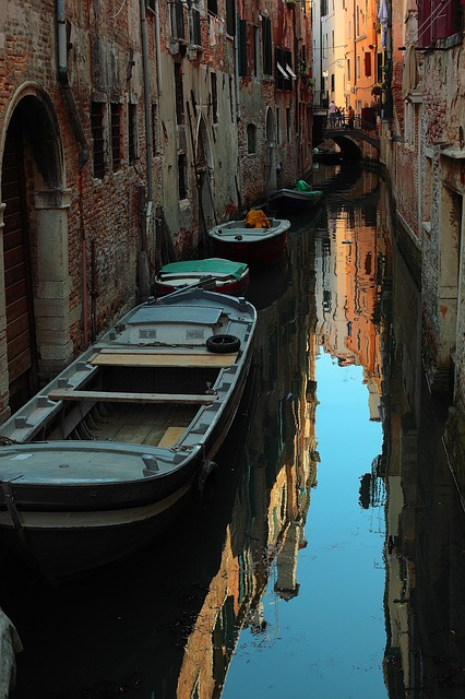 Free venice italy canal water reflections destinations