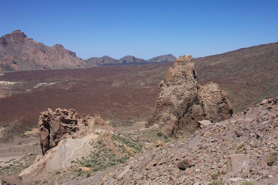 Free Volcanic terrain high on the Tenerife caldera