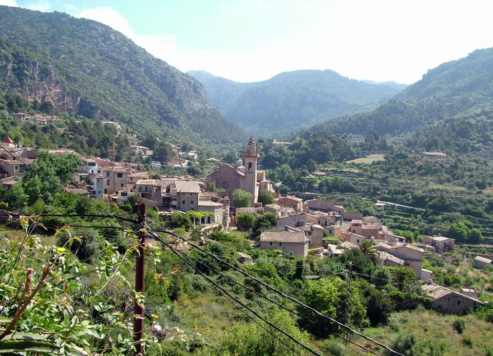 Free Rural Places in Mallorca village Island in Spain
