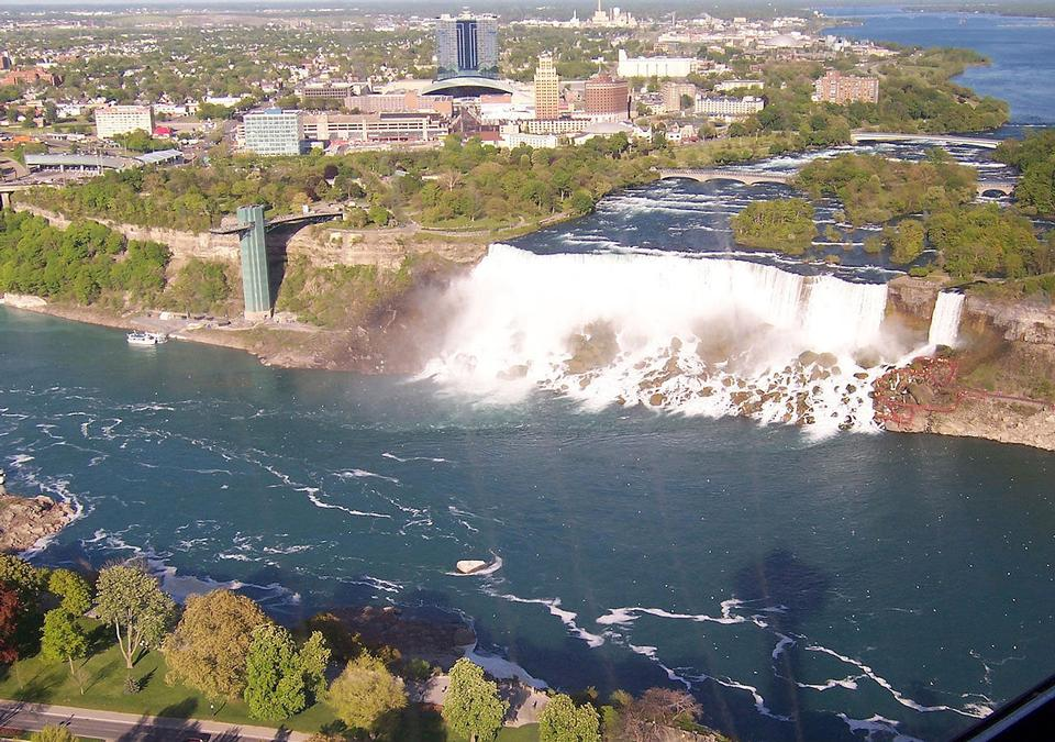 Free Photos: Canadian side of Niagara Falls Landscape | publicdomain