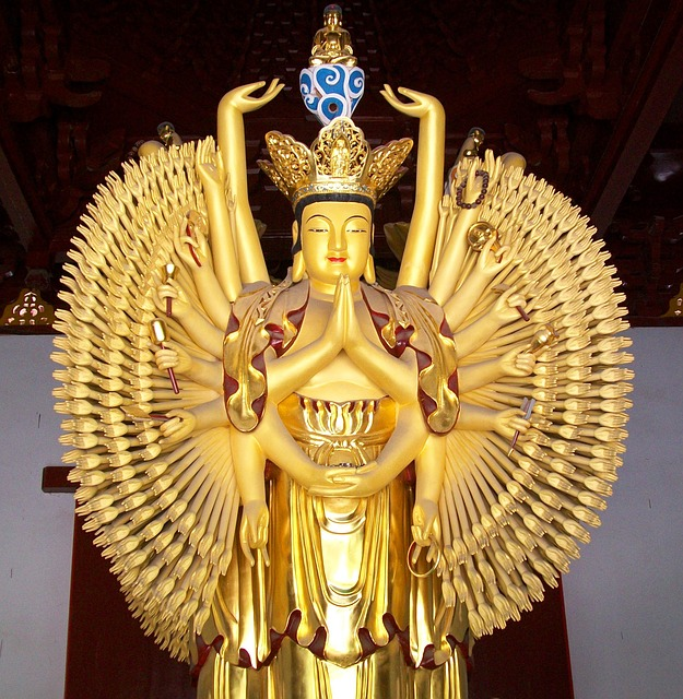 Free thousand armed avalokitasvara dharma china statue