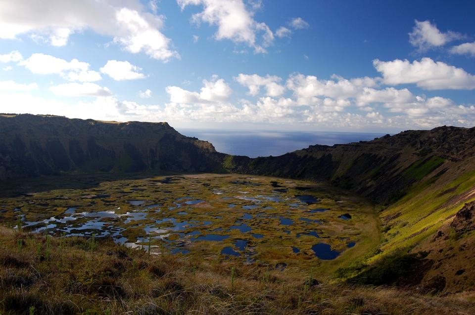 Free The crater at Rano Kau Chile, Easter Island