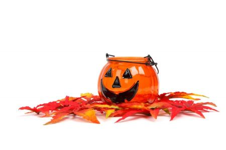Free halloween candle holder with leaves