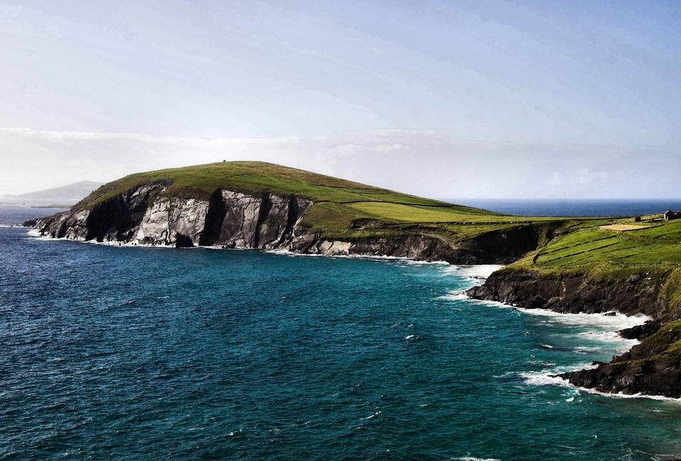 Free Coastline of the Dingle peninsular