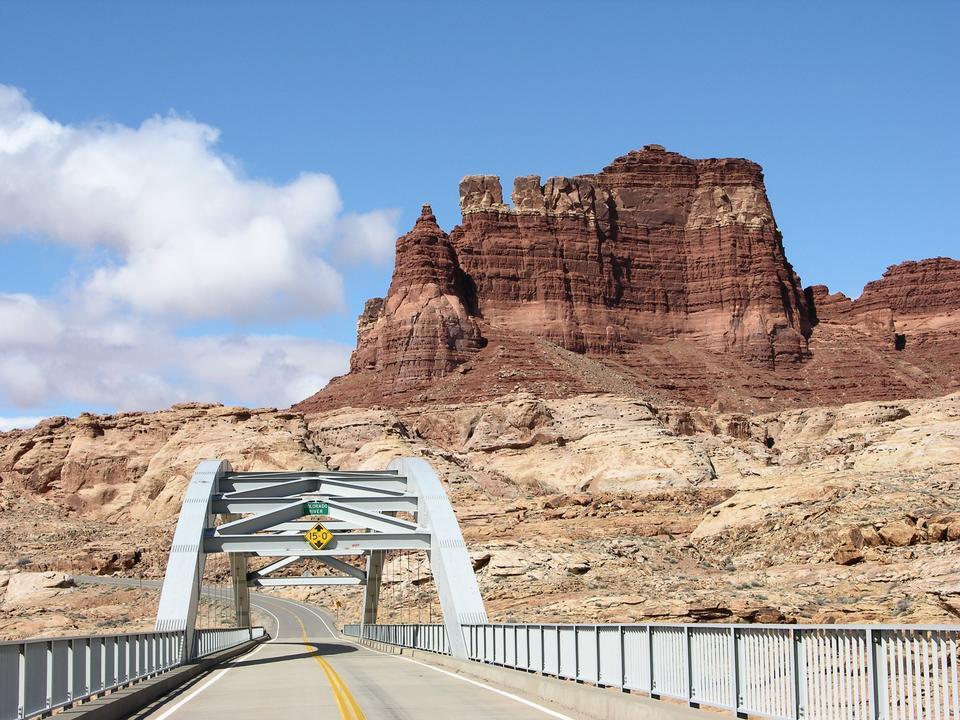 Free Crossing the Colorado River