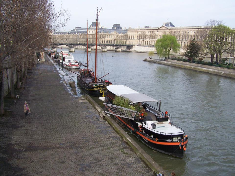 Free Moored barge on the Seine in Paris
