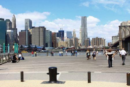 Free Boardwalk Brooklyn Bridge New York