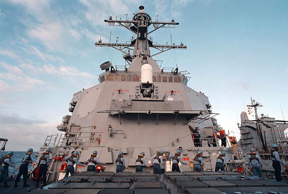 Free Photos: U.S.Navys Arleigh Burke Class Destroyer | miliman