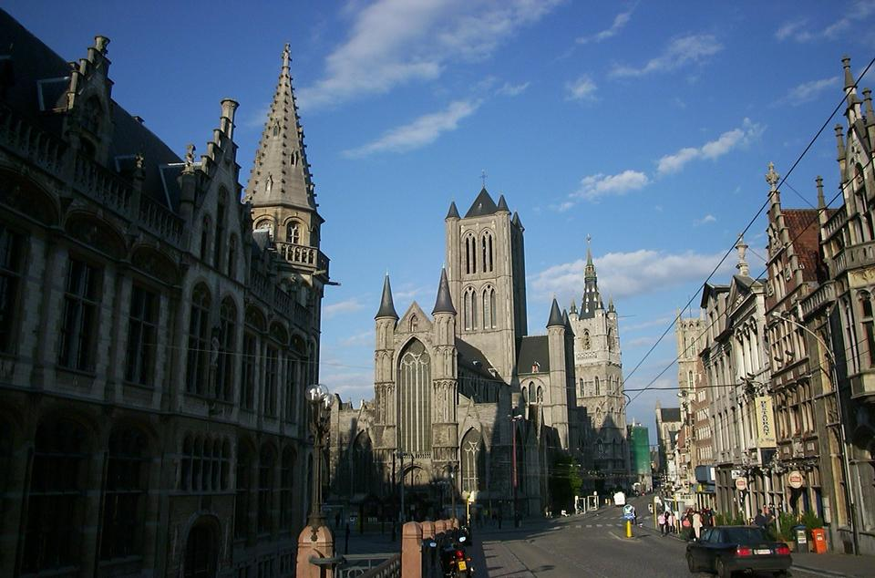 Free The Saint Nicholas church in Ghent