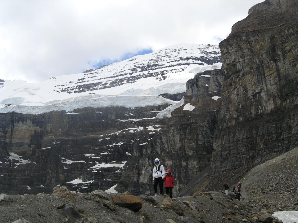 Free Glaciers trail in Banff National Park Canada - Backpacking