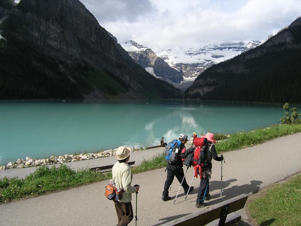 Free Banff National Park Alberta- Banff Lake Louise Tourism