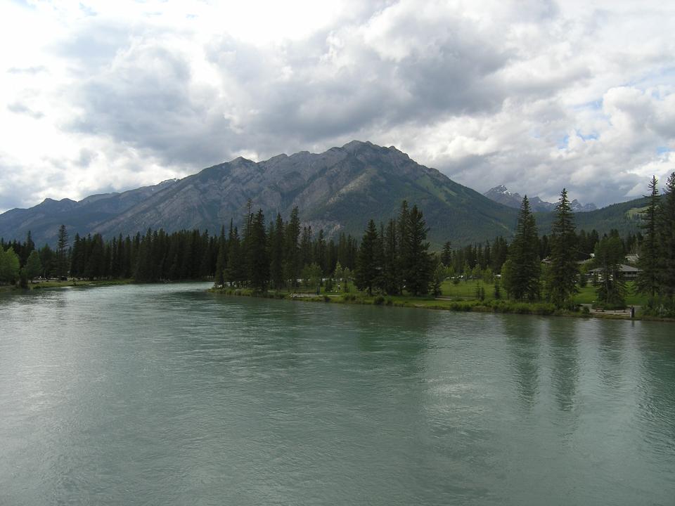 Free Banff Hiking - Lake Agnes