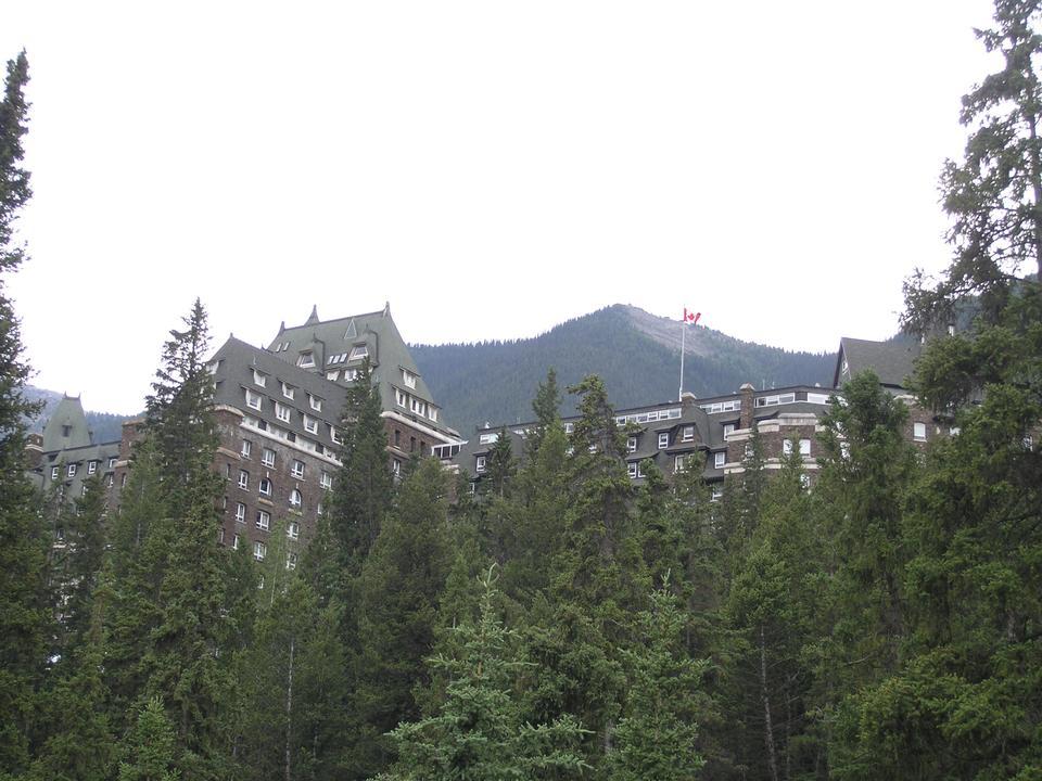 Free Fairmont Banff  Springs Hotel