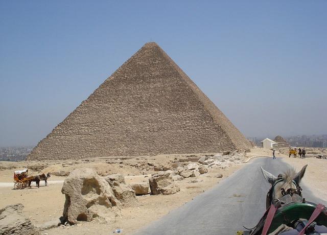 Free egypt giza horse pyramid wagon