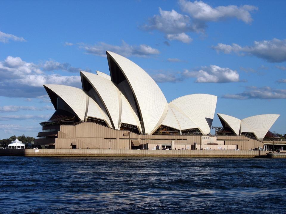 Free Sydney Opera House