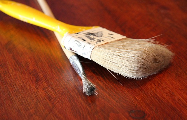 Free brush paint surface used wooden