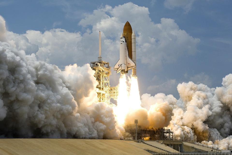 Free Space Shuttle Discovery Rocket Take Off