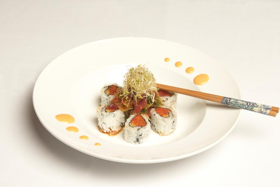Free Shiki Sushi Special Roll