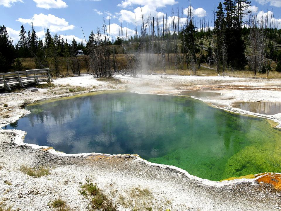 Free Morning Glory Pond, Yellowstone National Park