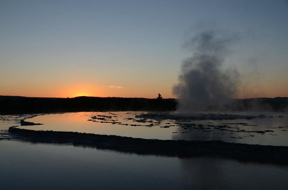 Free Great Fountain Geyser Yellowstone Sunset