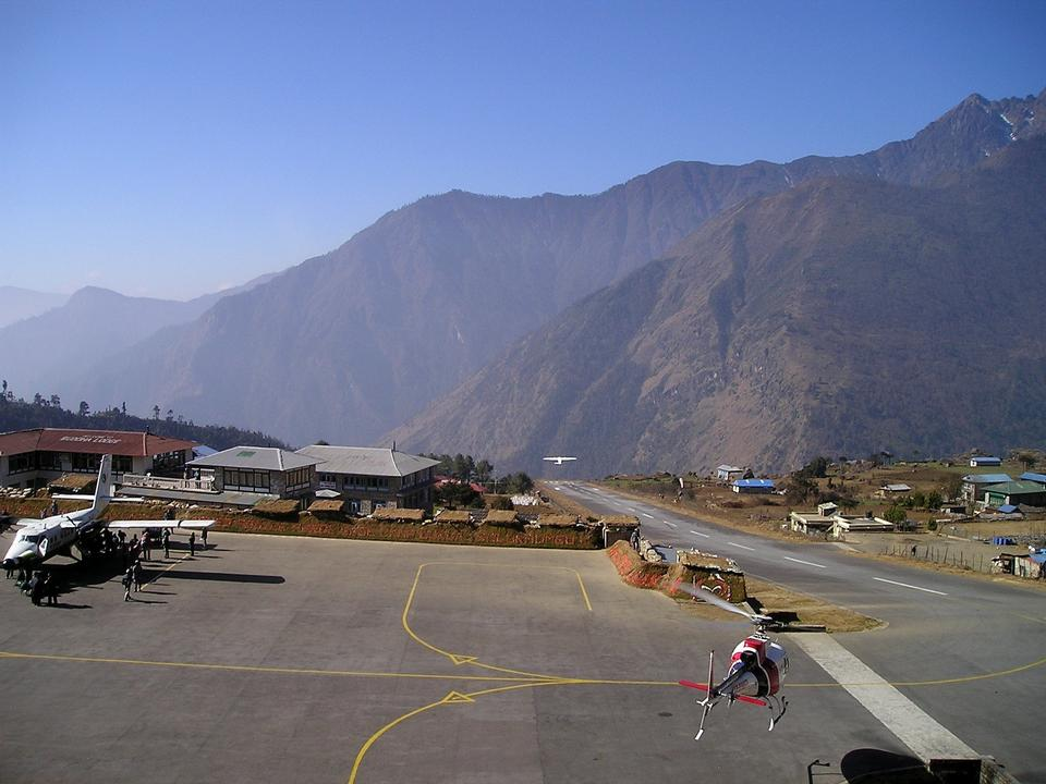 Free Nepal Airport Lukla Everest Trekking