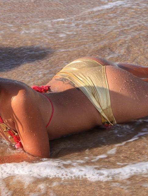 Free beach bikini girls playing sea sexy sunny water