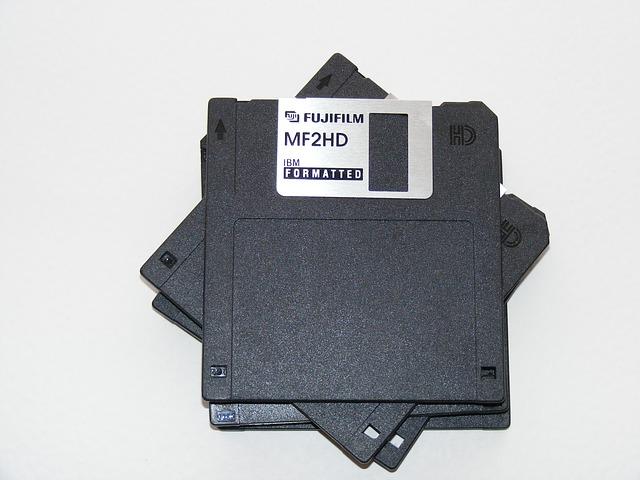 Free computers disk fdd floppy formated ibm storage
