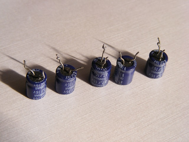 Free cap capacitor electric electrolytic electronics