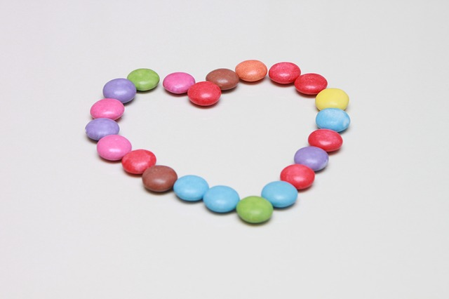 Free candies colored heart love red sweet valentine