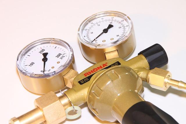 Free argon gas pressure regulator welding editorial