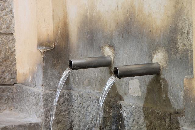 Free clean fresh source springs stainless steel water