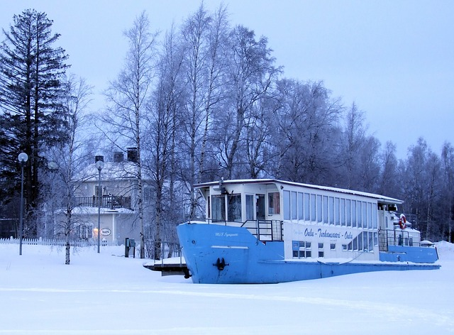 Free finland ship boat house home river water frozen
