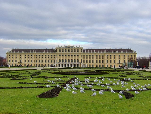 Free vienna austria schonbrunn palace building