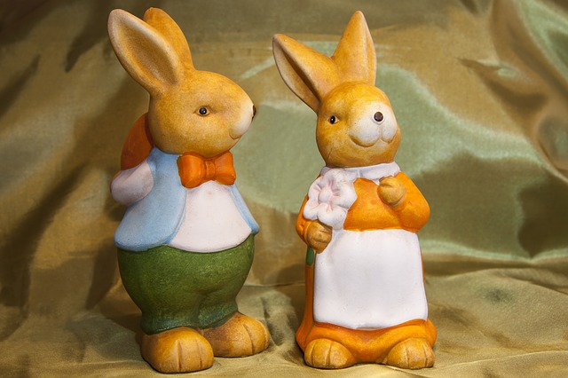 Free easter bunny customs custom osterhasen few