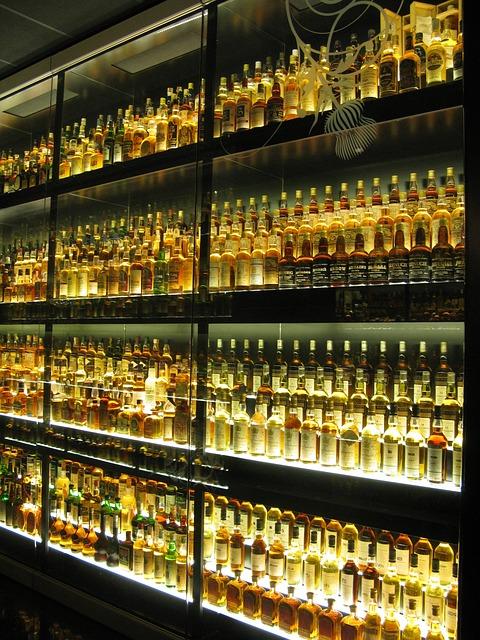 Free whisky whiskey bottles yellow museum edinburgh