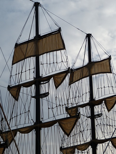 Free sail mast dew canvas sailing vessel sailing boat