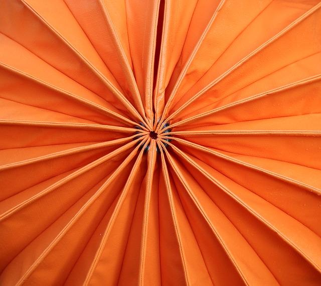 Free orange lampion closure picture puzzle weatherproof