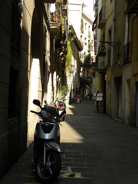Free spanish street scene street scene narrow travel