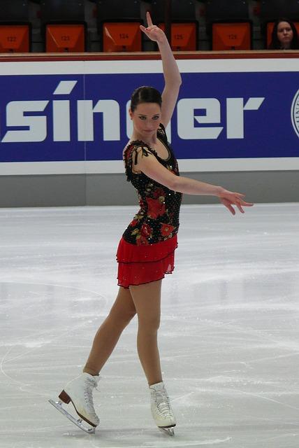 Free sarah hecken skater rink figure lady girl skating
