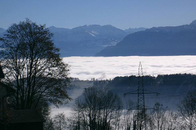 Free zurich oberland switzerland sea of fog winter