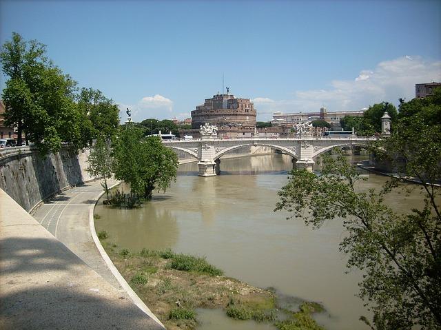 Free rome italy building tiber castel sant'angelo
