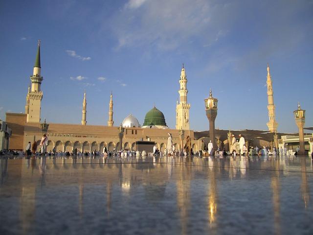 Free Photos: Saudi arabia mosque towers building architecture   David Mark