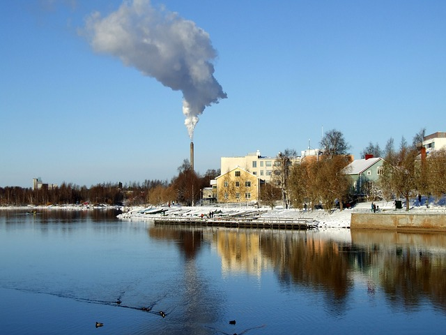Free oulu finland river lake water reflections
