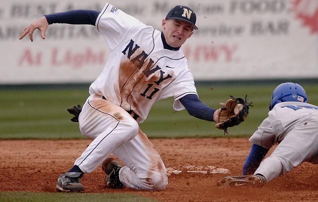Free baseball game sports sliding tagging glove ball