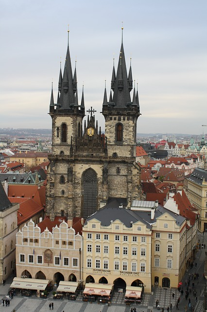 Free týn church church church steeples prague city
