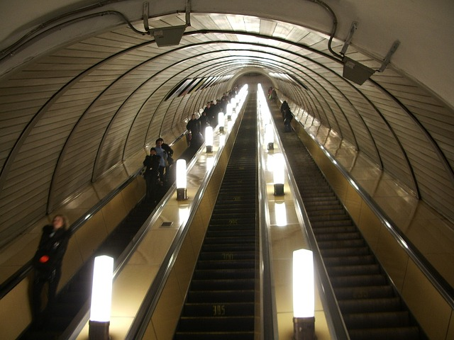 Free moscow russia escalator people mover underground