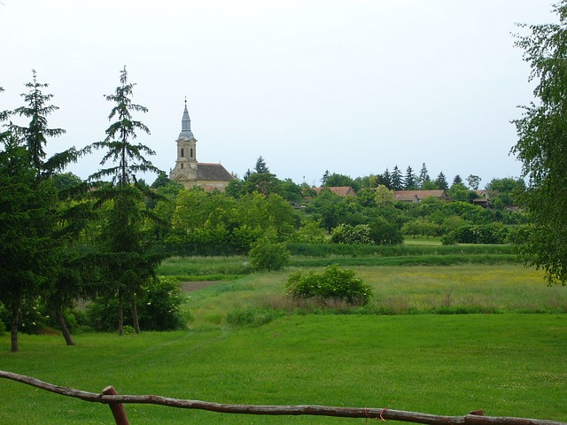 Free village green church spring