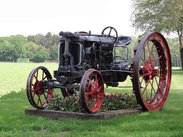 Free netherlands tractor old antique landscape garden