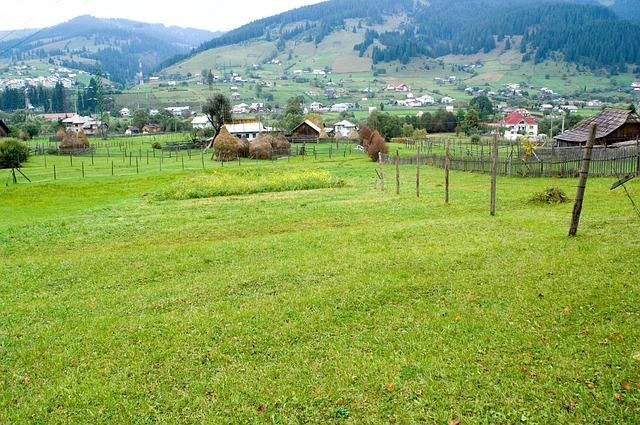 Free romania landscape village town buildings mountains