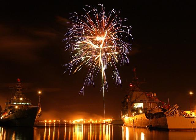 Free pearl harbor hawaii night evening fireworks
